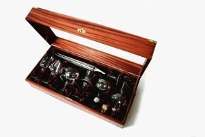 Vinske čaše by Kacper Hamilton