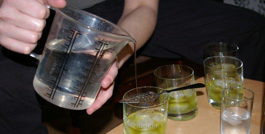 Postoji li Absinth nakon Absintha – pili smo piće s trostrukom količinom Thuyonea!