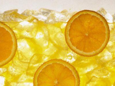 Devet litara ukusnog soka od samo četiri naranče!