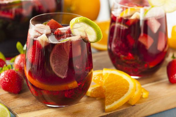 Fall fruit sangria