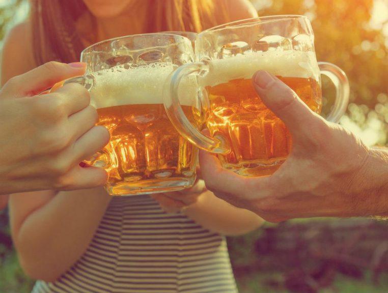 Čestitamo ljubiteljima džin-tonika! Znanstvenici otkrili od kojih pića imamo najgori mamurluk